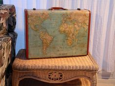Vintage Suitcase Decoupaged with Maps - would love to try this DIY with one of the old suitcases that come into Laura's House Resale Store! Vintage Suitcases, Vintage Luggage, Vintage Maps, Vintage Trunks, Vintage Box, Vintage Market, Painted Suitcase, Decoupage Suitcase, Suitcase Decor