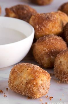 Our cinnamon sugar pretzel bites recipe is the perfect balance of sweet and savory. What's more, they're ready to eat in 35 minutes from start to finish.