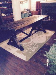Unique harvest table