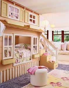 I would so be in here with Meleana if someone can build it for us! :-) Cute bunk bed idea for a little girls room. This would also be cute in a garden shed/play house. Little bed/place to play. Bistro table/chair. House type set up. Maybe a cabinet on the wall too!!
