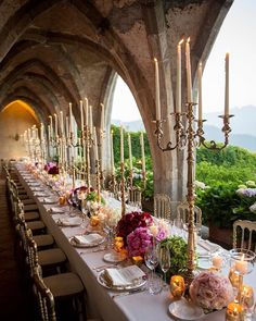One of the most beautiful tablescapes created this summer planning and design: Laura Frappa @exclusiveitalyweddings Florals: @malafrontefiori #dvf #kellyandgabrielswedding #kellyandgabriel @gretapourlamode @kay_li #weddingitaly #tabledesign #italyvillas #jewishweddings photo credit the fabulous @carlocarletti