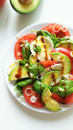 Gluten Free Recipes, Healthy Recipes, Healthy Meals, Caprese Salad, Salads, Lunch Box, Plates, Cooking, Side Orders