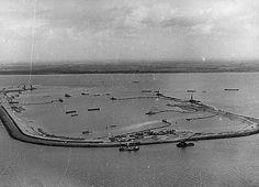 Aanleg werkpolder voor aanleg Haringvlietsluizen Holland, Dutch, Sea, Landscape, History, City, Nostalgia, The Nederlands, Dutch Language