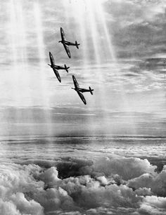 ROYAL AIR FORCE AIRCRAFT OF THE INTER-WAR PERIOD.  Three Supermarine Spitfire Mk.I aircraft of 19 Squadron.