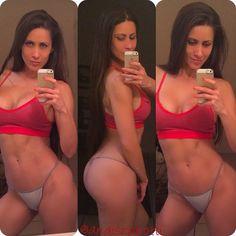 "Instagram'da Anais Zanotti: ""#MotivationMonday back to training and to my 6 meals per day. #anaiszanotti @anaiszanotti @anaiszanotti_official #anaiszanotti #SkydivingBunny #SkydivingBabe #shesquat #SheLift #motivation #frenchitalian #squatspage #fitlife #fitfam #fitgirl #fitnessmotivation #stayfeminine"""
