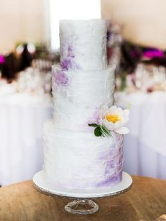 20 Perfectly Whimsical Wedding Cakes - MODwedding