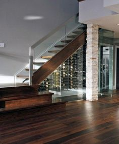 Under stairs space shouldn't be left unused, it's not a dead space! For those of you who love wine we've gathered cool ideas to organize a wine cellar or some simple wine storage space there. Glass Wine Cellar, Home Wine Cellars, Wine Cellar Design, Style At Home, Under Stairs Wine Cellar, Glass Stairs, Glass Walls, Wine Wall, Staircase Design