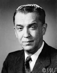 Conhecido como JK, Juscelino Kubitschek de Oliveira foi o 21º presidente do Brasil e responsável pela construção de Brasília. Durante seu mandato como presidente da República (1956-1961), o país viveu um período de grande desenvolvimento econômico e JK é, até hoje, um dos políticos mais admirados pela população brasileira, segundo apontam pesquisas de opinião.