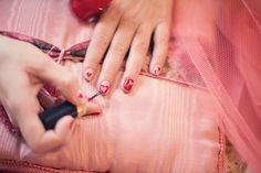 Aprende a pintar tus uñas en agua.#Moda