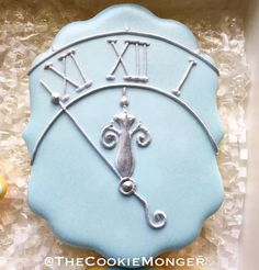"404 Likes, 20 Comments - Stacey @TheCookieMonger (@thecookiemonger) on Instagram: ""Racing the clock...which is exactly how I took these pictures! #TheCookieMonger #cinderella…"""