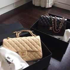 authentic chanel handbags new Prada, Kate Spade, My Bags, Purses And Bags, Hermes, Chanel Designer, Luxury Designer, Designer Bags, Designer Handbags