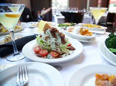 Del Frisco's is the best steakhouse for a Wall Street power lunch, according to Business Insider readers.
