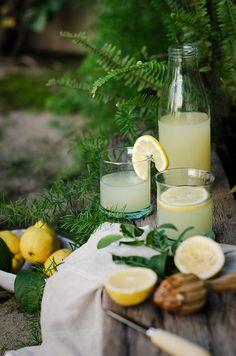 Sabores y Momentos | Limonada Casera {receta fácil} | http://saboresymomentos.es