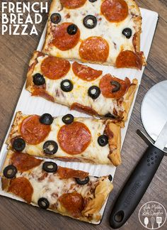 French Bread Pizza - By using french bread as your pizza dough, you can have a delicious homemade pizza in about 15 minutes time! I Love Food, Good Food, Yummy Food, Awesome Food, Cheap Meals, Easy Meals, Great Recipes, Favorite Recipes, French Bread Pizza