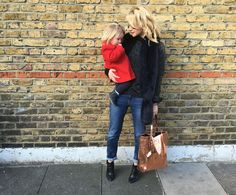Choose relaxed skinny jeans for easy mum style. Outfit of the day from Personal Stylist and blogger, Helen of cocomamastyle. School run style sorted.