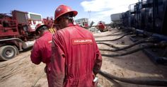 TIMELY & TOPICAL Halliburton, U.S. Silica Holdings Set New Record - Despite the more than two-year oil price downturn, the oil and gas sector continues to press on, do more with less, and achieve new successes... - TheSurge.com