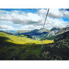 【inotaka414】さんのInstagramをピンしています。 《#スイス#アローザ  #Arosa#森#forest #swiss #switzerland #風景#山#自然#view #mountain #nature#ロープウェイ》