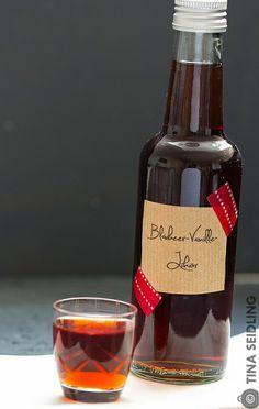 Blaubeer-Vanille-Likör
