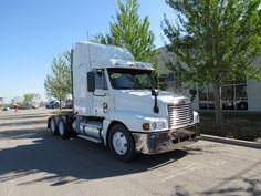 56 Freightliner Trucks Ideas Freightliner Trucks Freightliner Trucks