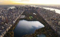 Aerial view of Manhattan, looking south from northern Central Park