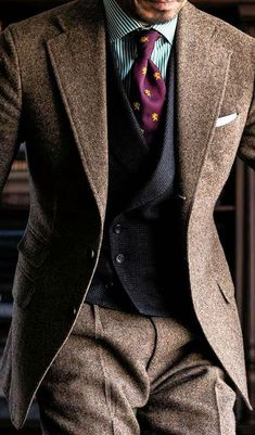 love the suit texture Sharp Dressed Man, Well Dressed Men, Stylish Mens Outfits, Casual Outfits, Look Fashion, Fashion Outfits, Gentlemen Wear, Designer Suits For Men, Mens Fashion Suits