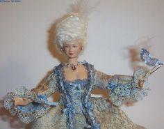 Versailles by Béatrice Thiérus Barbie, Marie Antoinette, Beautiful Dolls, Dollhouse Miniatures, Porcelain, Versailles, Disney Princess, Minis, Amazing