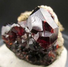 New specimens and collectors pieces. For more minerals and gems visit http://sparkleandshinejewellers.com/ or www.facebook.com/shopping.sparkleandshine.flawless garnet from Pakistan