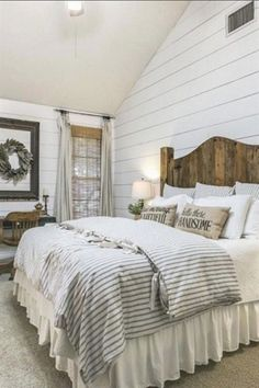 Most Beautiful Rustic Bedroom Design Ideas. You couldn't decide which one to choose between rustic bedroom designs? Are you looking for a stylish rustic bedroom design. We have put together the best rustic bedroom designs for you. Find your dream bedroom. Farm Bedroom, Rustic Bedroom Furniture, Modern Farmhouse Bedroom, Home Decor Bedroom, Modern Bedroom, Rustic Farmhouse, Farmhouse Design, Cottage Farmhouse, Bedroom Rustic