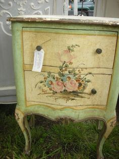 1000 images about hand painted furniture on pinterest - Muebles shabby chic ...