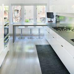 Dream kitchen inspiration. Featuring our Basketweave Woven Floor Mat in Carbon. Credit: Hunt Laudi Studio - huntlaudistudio.com Location: Georgetown, Washington DC
