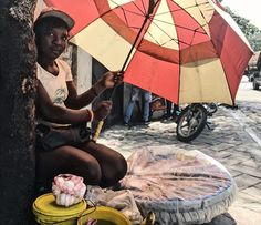 "@eros_sana | #Petionville 1 | ""Espwa"" Pic taken with #iphone6s in the streets of the wonderful country, #Haiti The First Black Republic. #DocumentingDailyLife #Streetphotography #ErosColors #ErosHaiti #iphoneonly #Humaniste_Photography #Photographie_Humaniste #vsco #Iphoneography #Haiti #EverydayHaiti #Streetphotography ____________________ And to have a full view of my photography, visit my website eros-sana.com link in bio"