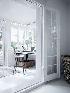Décor de Provence: Tine K Of Denmark – Modern Home Office Design Home Office Space, Office Workspace, Home Office Design, House Design, Sunroom Office, Artist Workspace, Office Nook, Workspace Design, White Interior Design