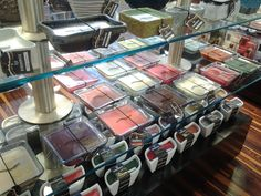 New Wood Wick Candles for Fall. Look at this great selection of styles and scents!