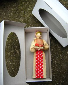 Slovenské suveníry Corn Husk Crafts, Holidays And Events, Characters, Dolls, Husk Corn, Craft, Cartonnage, Ornaments, Faces