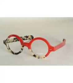 Funky Glasses, Nice Glasses, Glasses Frames, Cat Eye Sunglasses, Sunglasses Women, Retro Sunglasses, Albert Jacquard, Fashion Eye Glasses, Sunglass Frames