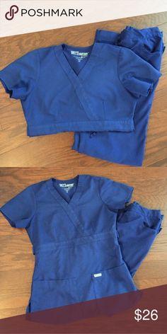 Greys Anatomy Scrub Set XS Greys Anatomy Scrub Set XS in Galaxy blue! Pants