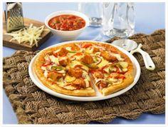 Chicken Fajita Pizza anyone? Fajita Pizza, Perfect Pizza, Chicken Fajitas, Easy Food To Make, Yummy Appetizers, Pizza Recipes, Vegetable Pizza, Tasty, Meals