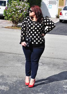Polka Dots, usually not my thing...but I'm givin it a shot!