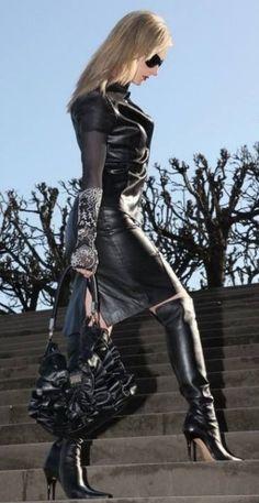 panties Ladyboy sexy mini skirt