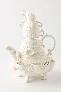 Stanhope teapot, venduta da Anthropologie