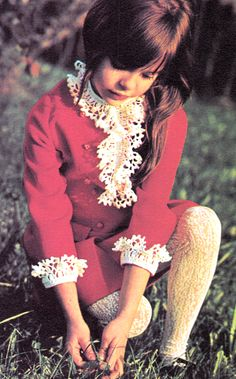 Children's Fashions, 1970s Vintage Kids Fashion, Vintage Kids Clothes, Vintage Children, Little Giants, Cute Young Girl, Crochet Magazine, Vintage Magazines, Vintage Knitting, Knit Crochet