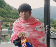 Ong Seongwoo, Monsta X, Korean Actors, Alexander Mcqueen Scarf, Boys, Cute, Kpop, Instagram, Fashion