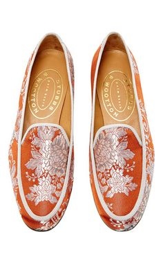 This **Stubbs & Wootton** Valencia bronze slipper features a floral brocade body and a low stacked heel.