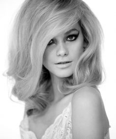 60's hair <3  I was born in the wrong era