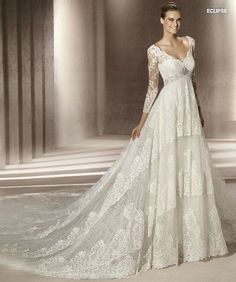 Robe de mariée Pronovias - Collection Manuel Mota 2012 - Modèle Eclipse