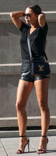 Love Black Outfit Idea by Johanna Olsson