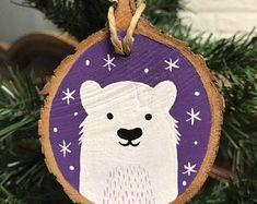 Christmas Fair Ideas, Christmas Log, Holiday Crafts For Kids, Christmas Crafts, Christmas Decorations, Fox Ornaments, Unicorn Ornaments, Painted Christmas Ornaments, Navidad Diy
