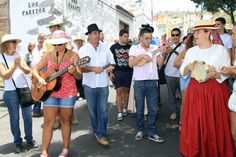People singing #GuiadeIsora #Tenerife  during the 'Day of Traditions'