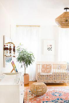 Marvelous Picture of Modern Baby Room Themes - Todosobre - Travel And Enjoy Living Chic Nursery, Nursery Neutral, Nursery Room, Nursery Decor, Nursery Ideas, Bohemian Nursery, Nursery Themes, Orange Nursery, Bedroom Ideas