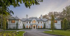 Cardello Architects provides luxury house plans, such as this beautiful Georgian Style custom home that is located in Conyers Farm, Greenwich, CT French Mansion, Georgian Mansion, Colonial Mansion, Mansion Homes, Dream Mansion, Luxury House Plans, Luxury Homes Dream Houses, Georgian Style Homes, Mansion Designs